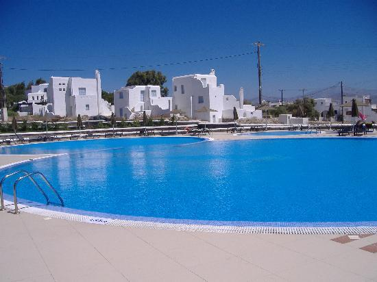 Naxos Imperial Resort & Spa: la piscina dell'Imperial