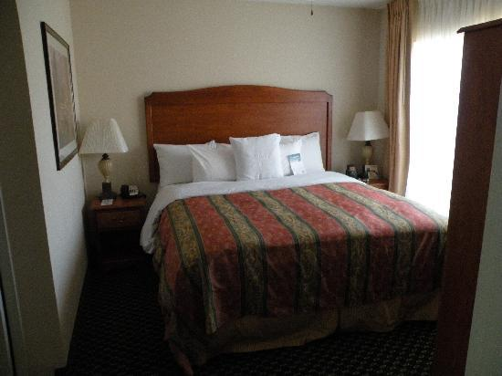 Homewood Suites by Hilton Ontario-Rancho Cucamonga: Room