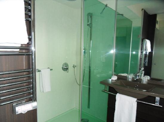 salle de bains design picture of hotel oceania porte de versailles