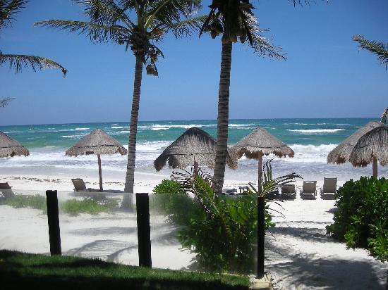 Ana y Jose Charming Hotel & Spa: la plage vu de l'hotel
