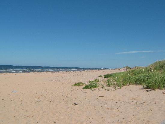 Rodd Crowbush Golf & Beach Resort: Beach