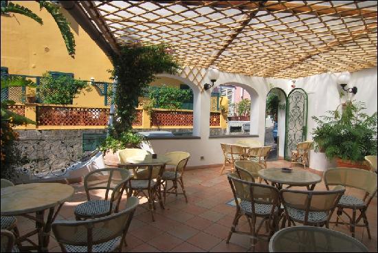 Hotel Villa Sirena : ATRIO ALBERGO