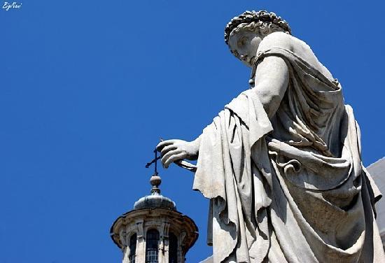Rom, Italien: Santa maria del popolo et statue