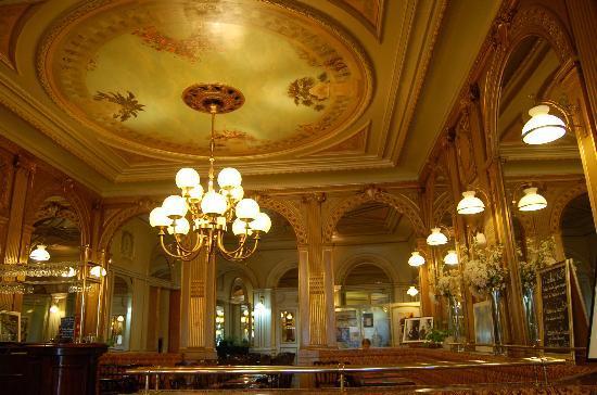 La Rochelle, Frankrike: Cafe de la Paix