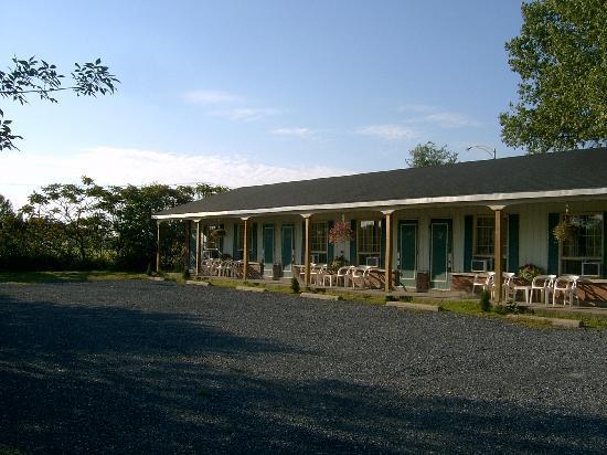 Auberge Motel Le Pigeonnier: hotel itself