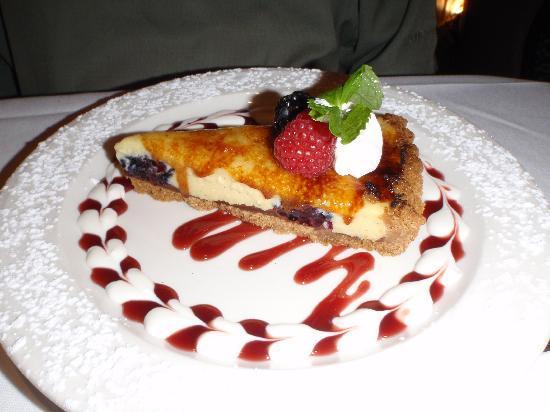Evan's American Gourmet Cafe : blackberry chocolate tart...