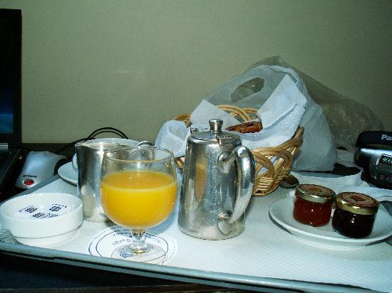 Hotel de Suede St. Germain : breakfast