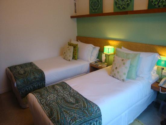 Mine Hotel Boutique: Different angle in the singles bedroom