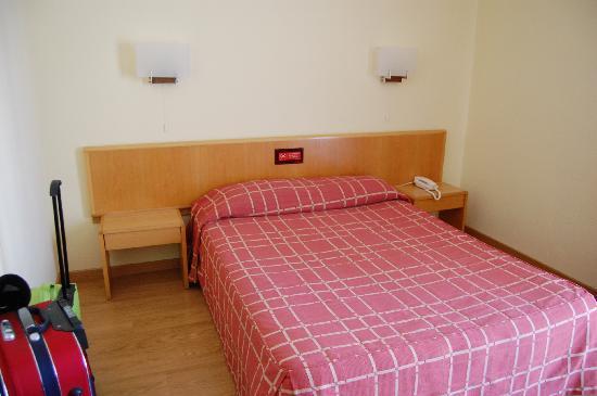 Hotel Da Nazare: La stanza da letto