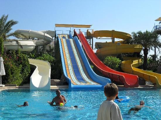 Royal Wings Hotel: Some of the Slides