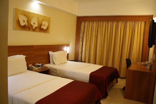 Holiday Inn Express Natal Ponta Negra: Nice looking room