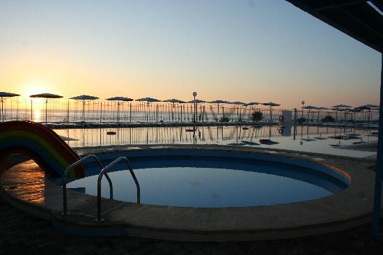 El Mouradi Club Selima: la piscine pour enfant