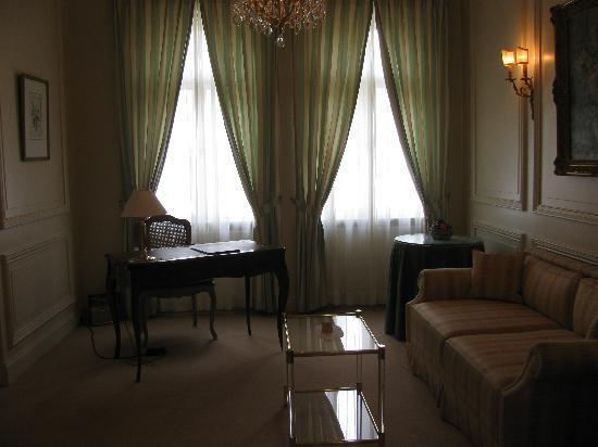 Hotel Burger-Palais: Suite #1 Wohnraum