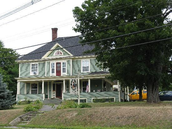 The Young House Bed and Breakfast: The Young House