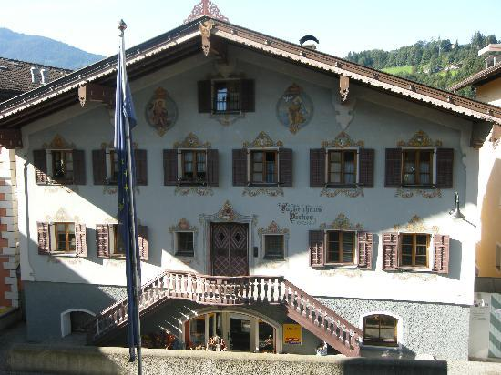 Hopfgarten im Brixental, Østerrike: Front of hotel