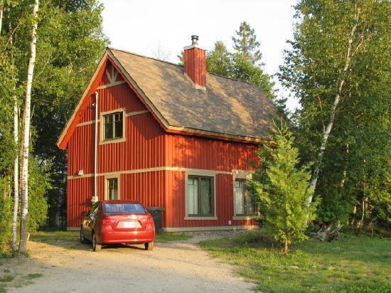 ma cabane au canada dans les hautes laurentides le. Black Bedroom Furniture Sets. Home Design Ideas