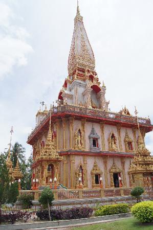 Chaithararam Temple (Wat Chalong): Temple