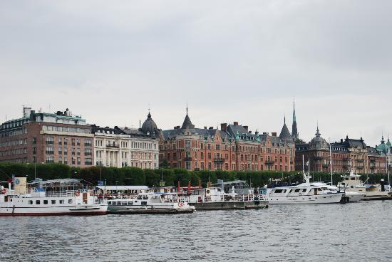 Sztokholm, Szwecja: Estocolmo: fachada marítima