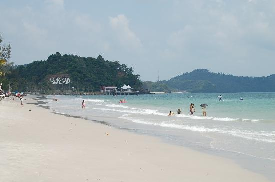 Malibest Resort: Langkawi beach Pantai Chenang