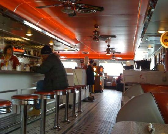 5 & Diner - N. 16th St.: Counter Service