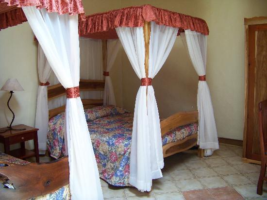 Hotel Claro de Luna: Hotel room