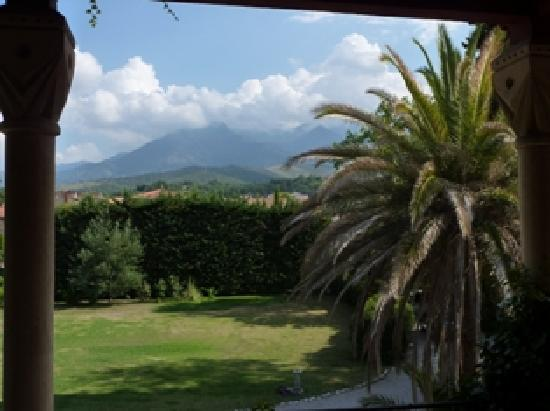 Villa Lafabregue: Another mountain view