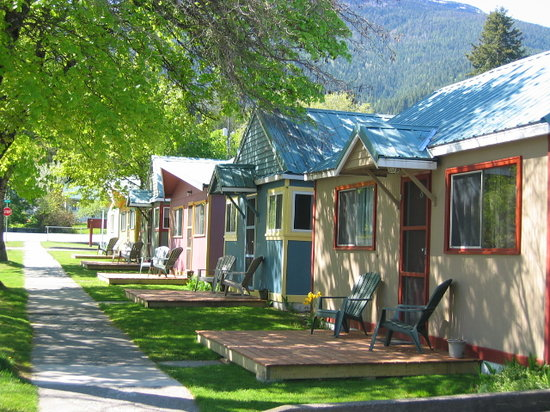 Kaslo, Kanada: Cabins on D Ave