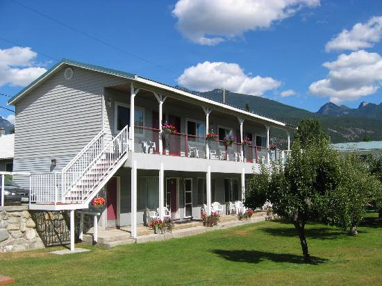 Kaslo Motel: Motel Section