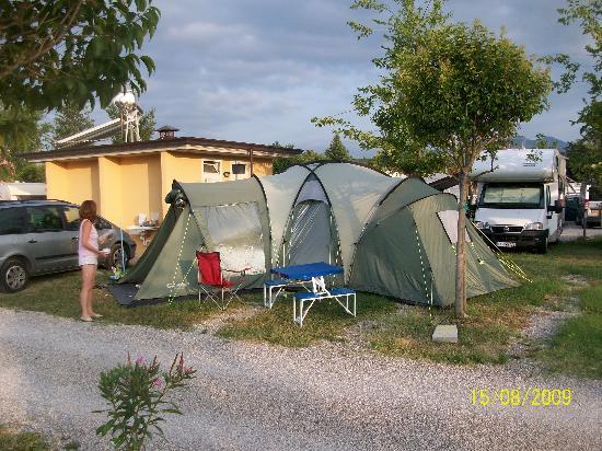 Camping Baia Verde: Baia Verde campsite superior pitch