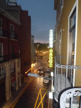 Hotel Duran: Petit balcon en façade pour les soirs d'été