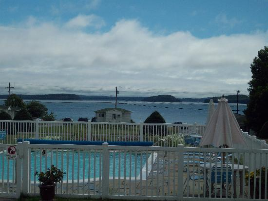 Hulls Cove, ME: Pool Overlook