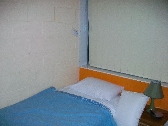 Dahrl Court : lame room