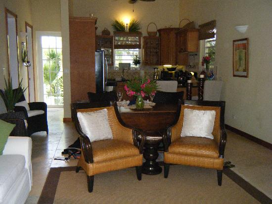 Meads Bay Beach Villas: The family room