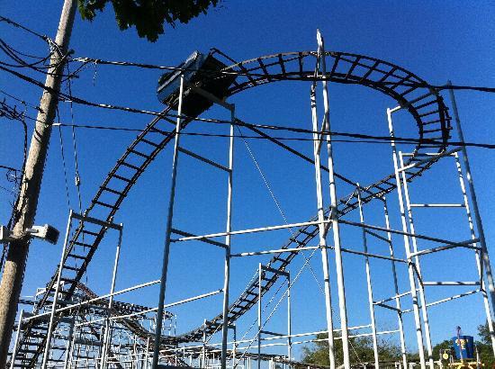 Quassy Amusement Park & Waterpark: The Mad Mouse