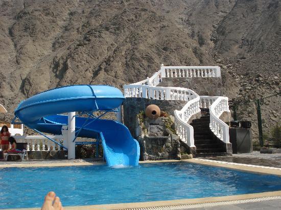Hotel Lunahuana River Resort: Piscina y tobogan