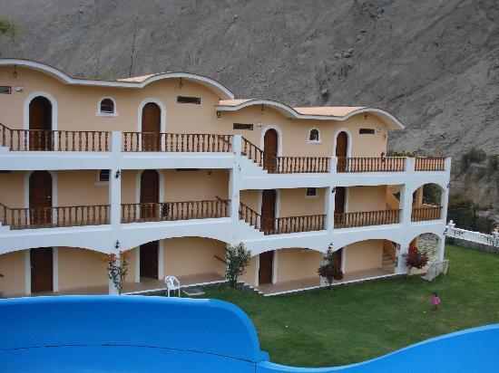 Hotel Lunahuana River Resort: Vista desde el tobogan