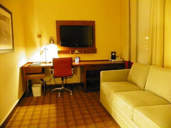 卡爾加里機場福朋喜來登酒店照片