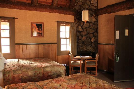 The Lodge At Bryce Canyon: Innenaufnahme Cabin