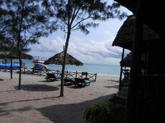 Sunrise Beach Resort: The sight from our seaview room