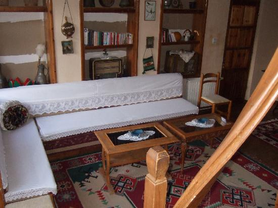 Hotel Kalemi: spazio comune I piano