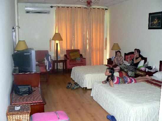 Ngoc Lan Hotel : Room on 3rd floor