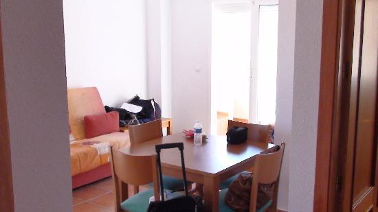 Madame Vacances Residence El Pinar de San Gines: le salon