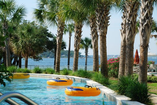 Destin West Beach and Bay Resort: Lazy River