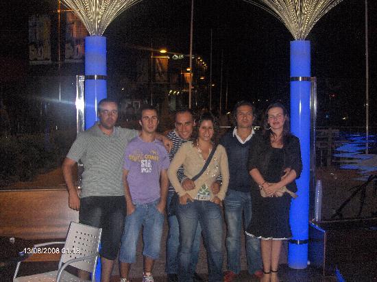 Campomar Hotel: A noite em S.anxenxo tem muita borga, Cany Playa