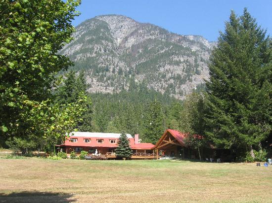 Tweedsmuir Park Lodge : Morning Treat