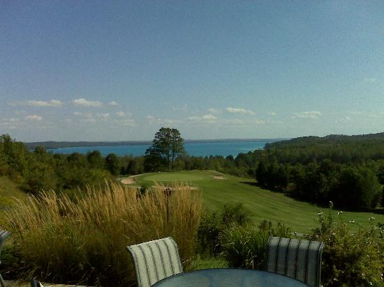 A-Ga-Ming Golf Resort: Breakfast over Torch Lake