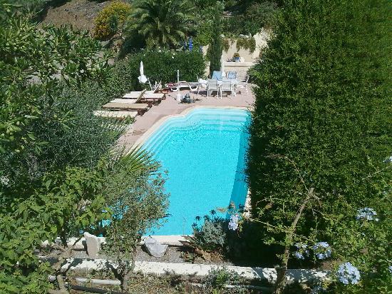 Villa Tricoli : vue sur la piscine
