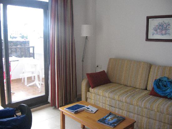 H10 Suites Lanzarote Gardens: SALON