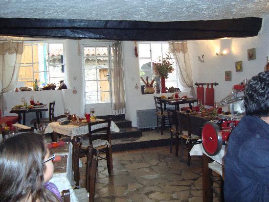 Au Vieux Four : Inside Vieux Four, sorry but unrehearsed
