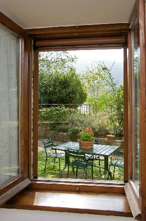 Brigolante Guest Apartments: Views over the Mount Subasio Park from every window